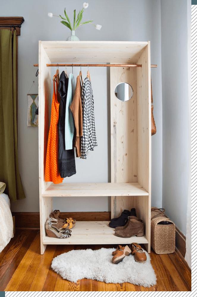 DIY Déco : le dressing bois et cuivre